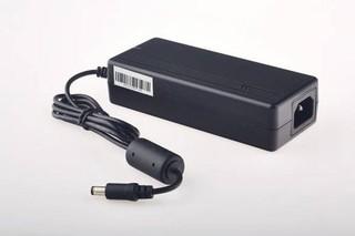 EUROCASE 90W ENERGY KNIGHT univerzální napájecí adaptér vstup 110-240V / výstup 19V, 8 různých konco